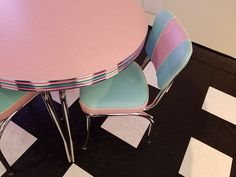 Oval Pink Lady Dinette Set with matching chairs upholstered in pink/ocean and white Kitchen Dinette Sets, Pink Ocean, Pink Lady, Retro Furniture, Upholstered Chairs, Home Decor, Decoration Home, Parsons Chairs, Room Decor