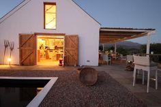 beautifully renovated old barn - soekershof robertson