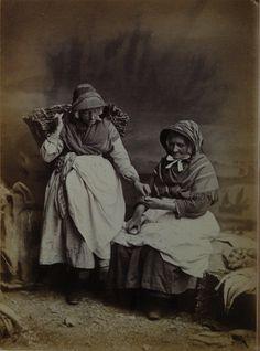 fishwives   penzance, cornwall 19th century   foto: gibson. Snuff!!!!!!!