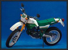 Yamaha XT 225 Serow Motorcycle Free Paper Model Download