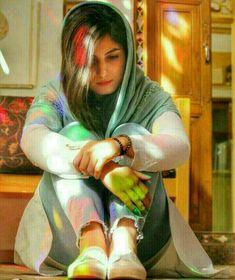 she is nt a peice she is nt a maal .she is a daughter .she is a sister . Cute Girl Face, Cute Girl Photo, Girl Photo Poses, Girl Photography Poses, Beautiful Muslim Women, Beautiful Girl Image, Beautiful Hijab, Iranian Beauty, Muslim Beauty