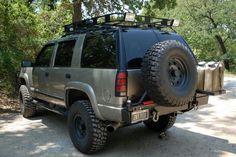 Big Chevy Trucks, Gm Trucks, Cool Trucks, Chevy Tahoe Z71, Chevy S10, Jeep Suv, Chevrolet Blazer, Chevrolet Suburban, Truck Camping