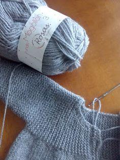 Unique: Tutorial Chaqueta Gris Lana, Knitted Hats, Winter Hats, Knitting, Pullover, Fashion, Knitting Needles, Baby Boy Coats, Gray Blazer