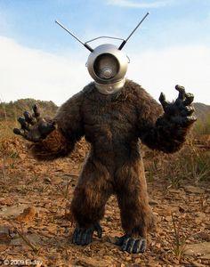 Robot Monster by El-Jay-in-da-house.deviantart.com on @deviantART