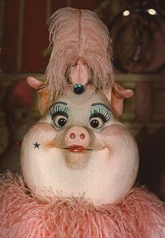 "Bill Bailey, Won't You Please Come Home | The lovesick sow from Disneyland's ""America Sings"" (1974-1988)."