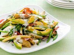 Aardappelsalade met avocado en boterboontjes