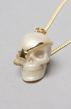 Pearl skull necklace - Skullspiration.com - skull designs, art, fashion and more