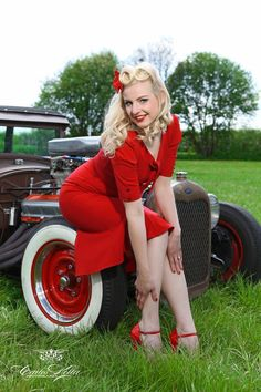 Varga Photography | Sophie Lee galore for the upcoming Girls legendary US-Cars 2015 ...