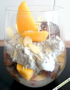 Low Carb Rezept: Chiasamen-Pudding (mit Obst) aus der Kategorie: Frühstück, Süßspeisen