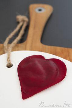 Bumblebee Hill: Valentinsherzen oder Liebe geht durch den Magen