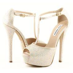 Sandalia marca Steve Madden, este y más modelos en www.zapacos.com #shoes #sandalias #zapatos #moda #tendencia #fashion #trend #trendy