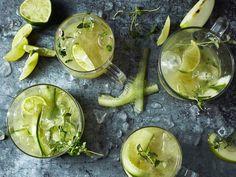 Grön lemonad med äpple och gurka