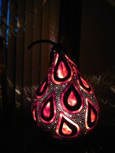 Handcrafted tear drop gourd table lamp by tamiredding on Etsy, $150.00