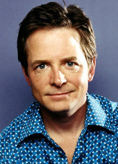 Michael J Fox, Has taken a lot and gave a lot, but still going strong.A very strong man.So sweet and true.Sorry he has this disease. Alex P Keaton, Fox Images, Michael J Fox, Hollywood Actor, Classic Hollywood, Thing 1, Back To The Future, Good Looking Men, Famous Faces