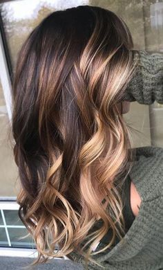 See here the Most Popular & Modern Hair Coloring Technique to lighten up your look in Leave the old fashion of Hair Color and change your Hair Color with a new Balayage Style. So wear it this Balayage Style and get the Pretty Look in Grey Balayage, Hair Color Balayage, Subtle Balayage, Fall Balayage, Balayage Straight, Balayage Hairstyle, Balayage Brunette, Straight Hair, Hair Color Highlights