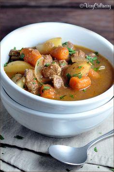 Slow Cooker Beef Stew #beefstew #slowcooker #crockpot