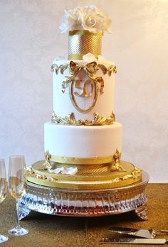 This would be so pretty at some of our fall weddings, take off the 50 and pop on your monogram.