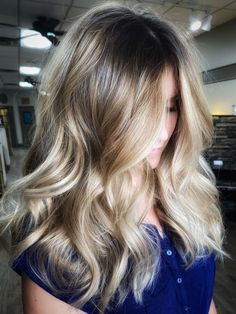All hand painted, no foils. Full Balayage, Hair Color Balayage, Blonde Balayage, Natural Blondes, That Look, Long Hair Styles, Mary, Hand Painted, Beauty