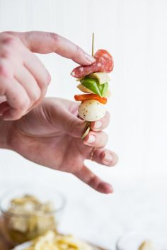 Need great party appetizers? These antipasto skewers are a quick easy appetizer recipe sure to wow your guests! Get the details at The Sweetest Occasion Quick And Easy Appetizers, Easy Appetizer Recipes, Easter Recipes, Appetizers For Party, Party Recipes, Salad Recipes, Thanksgiving Appetizers, Thanksgiving Recipes, Thanksgiving 2020