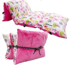 What a great idea for children...pillow mattresses for lounging when reading a book, watching a movie or sleepovers! Click from here to order pattern from the designer of this project.