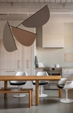 Built In Sofa, Kitchen Room Design, Updated Kitchen, Kitchen Updates, Contemporary Interior, Kitchen And Bath, Dining Chairs, Dining Room, New Homes