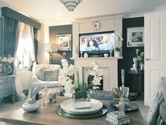 Living Room Black & Cream