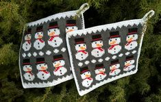 wp_20161013_14_49_28_pro-3 Christmas Decorations, Christmas Ornaments, Holiday Decor, Holidays And Events, Pot Holders, Knit Crochet, Knitting, Xmas, Threading