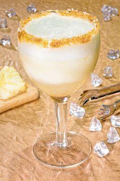 Recém-casada - Receitas - Drink de abacaxi sem álcool - Figurino Noivas - O melhor site de casamento com agenda da noiva!