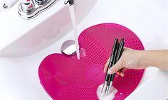 Hyperli | Make-up Brush Cleaning Mat for R99
