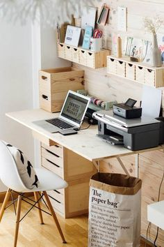 DIY work space ideas are considered to be very important, especially for those who makes money from home. Work space is not a home office. A home office Tiny Office, Office Nook, Home Office Space, Home Office Design, Home Office Decor, Office Ideas, Office Designs, Office Furniture, Apartment Office
