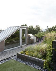 Julie Farris Brooklyn roof garden staircase by Matthew Williams