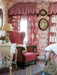 Vermont inn in red toile . Country Decor, Decor, Beautiful Bedrooms, Cottage Decor, Interior, House And Home Magazine, Red Cottage, Home Decor, Red Rooms