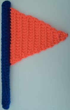 #Crochet flag free pattern from @ucrafter; make it in the colors of your favorite teams!