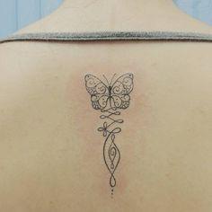 "137 curtidas, 1 comentários - Elvira Bono (@bonoelvira) no Instagram: ""#butterfly #mariposa #borboleta #unalome #fineliner #slimliner #traçoslim #traçosfinos #tattoo…"""