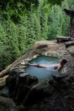 umpqua hot springs in oregon, usa