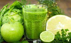Centrifugato detox di cavolo mela e limone | Succo disintossicante