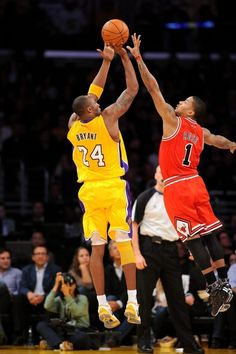 5869894f975a Derrick rose blocking kobe Bryant .....damn right 6  tall vs