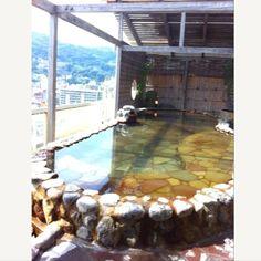 [熱海*2010/08/16]熱海2日目☀    朝風呂〜♨    ホテルのいくつかある大浴場の中のひとつ(*´ω`*)      @熱海