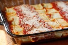Skinny Spinach Manicotti... hmmm this might be a new staple meal.