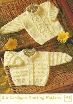 Grey and white baby cardigan no pattern just a suggestion f Baby Cardigan Knitting Pattern Free, Baby Sweater Patterns, Knitted Baby Cardigan, Knit Baby Sweaters, Baby Knitting Patterns, Baby Patterns, Cardigan Long, Lace Cardigan, Baby Girl Cardigans