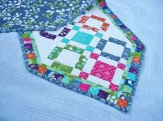 Moda Bake Shop: 120-Minute Gift: Hugs and Kisses Quilted Table Runner Tutorial