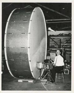 Giant-Bass-Drum-Set How does this guy take that drum on gigs?