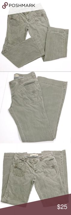 """Anthropologie Daughters of the Liberation Cords ✔️Light Army Green ✔️Inseam: 33"""" approx. ✔️Excellent Used Condition ✔️1709-6 Anthropologie Pants"""