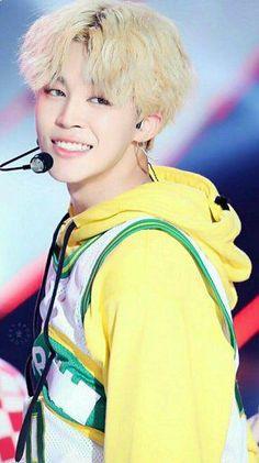 Words can not describe how this picture makes me feel! My beautiful Jimin~ Bts Jimin, Bts Bangtan Boy, Bts Taehyung, Bts Boys, Namjoon, Jimin Hot, Park Ji Min, Busan, K Wallpaper
