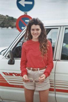 Steffi wearing the #AmericanApparel Cuff Short and Drop Shoulder Sweatshirt.  #pinatripwithaa