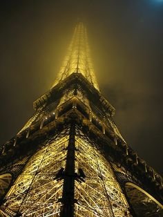 The eiffel tower shining in the midnight fog. (This is also my favorite picture of the eiffel tower. Paris Torre Eiffel, Paris Eiffel Tower, Eiffel Towers, Oh The Places You'll Go, Places To Travel, Beautiful World, Beautiful Places, Beautiful Boys, Magic Places