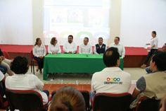#Soconusco Realizan en Cacahoatán Taller Binacional de Zoonosis ver más: http://noticiasdechiapas.com.mx/nota.php?id=88480 …