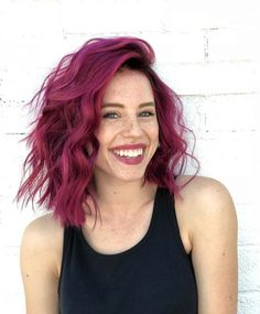 60 Chic And Lastest Short Haircut Design To Try In 2019 - Page 5 of 12 - Hair Ideas - Hair Color Auburn, Hair Dye Colors, Auburn Hair, Red Hair Color, Cool Hair Color, Magenta Hair Colors, Hair Colour Ideas, Maroon Colour, Creative Hair Color