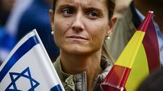 Thousands rally for Israel in Paris, Rome and Madrid | Oct 19, 2015 ... Spanish demonstrators hold up signs declaring 'Yo estoy con Israel' - I am with Israel; 4,000 demonstrate in front of Israeli embassy in Paris. | Ynet reporters. Pub 10.19.15 ... Supporters in Madrid (Photo: AFP) All agree, ISRAEL HAS A RIGHT TO DEFEND ITSELF...