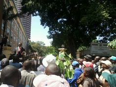 Min of local government address the City council of Nairobi staffz demanding salary increament today 21st.Jan